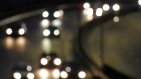 Bokeh samochodu światło przy nocą Z ostrość świateł ruchu zdjęcie wideo