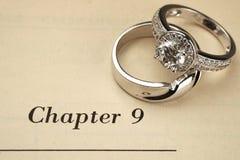 boken ringer bröllop arkivbild