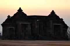 Boko tempel en forntida byggnad som göras av den svarta naturliga stenen royaltyfri foto