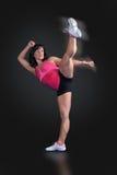 boksera sprawności fizycznej wysoki kopnięcie Fotografia Stock