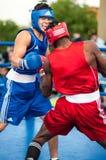 Bokserski dopasowanie między zwycięzcą puchar świata 2014 roku w boksować Yordan Hernandes, Kuba i Daniel Khlebnikov, Rosja wygry Zdjęcie Royalty Free