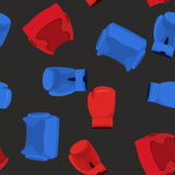 Bokserskie rękawiczki i hełm deseniowi bezszwowi sporty Fotografia Royalty Free