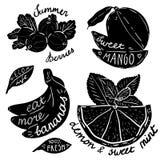 Bokstäver på frukter och grönsaker Royaltyfri Fotografi