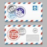 Bokstavsdesign - kuvert med grunge utformar poststamps vektor illustrationer