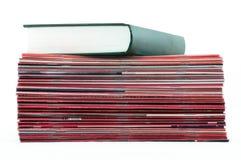 boktidskrifter över Arkivbild