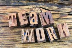 Boktryck för respekt för förtroende för teamworklagarbete Arkivfoton