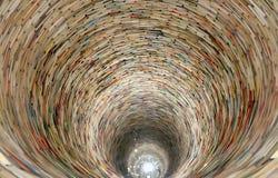 Boktunnel i det Prague arkivet Arkivfoton