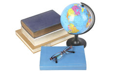 Bol, boeken en glazen Stock Afbeeldingen