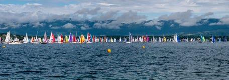 Bol d'Or Mirabaud är den viktigaste inlands- sjöregattan i världen royaltyfria foton
