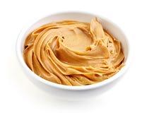 Bol de beurre d'arachide photographie stock libre de droits