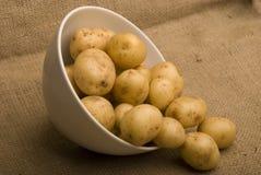 Bol de pommes de terre de pair de m sur le sac Photo stock