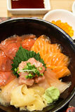 Bol de riz de sashimi Photo stock
