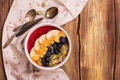 Bol de smoothie de petit déjeuner Photo stock