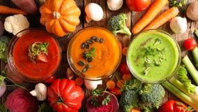 Bol de soupe photos stock