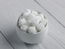 Bol de sucre de roche Photographie stock