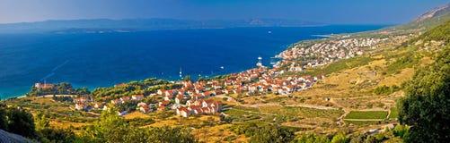 Bol op Brac-eiland panoramische luchtmening Stock Foto