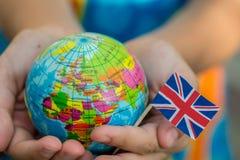 Bol ter beschikking met de Britse vlag, Royalty-vrije Stock Fotografie