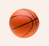 Bola anaranjada de la cesta, aislada sobre blanco Fotografía de archivo