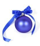 Bola azul de la Navidad Fotografía de archivo libre de regalías