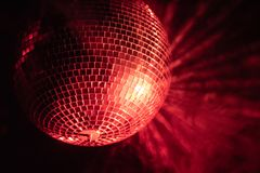Bola colorida retro do disco fotos de stock