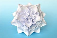 Bola da flor do kusudama do origâmi Fotos de Stock Royalty Free