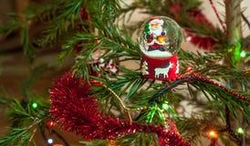 Bola da neve de Santa Claus Fotografia de Stock