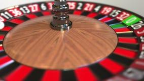 A bola da roda de roleta do casino bate o preto 8 oito anima??o 3D filme