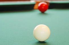 Bola de billar blanca del primer Imagen de archivo