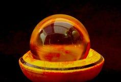 Bola de cristal con reflexiones foto de archivo
