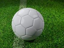 Bola de futebol branca na linha Imagens de Stock