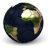 A bola de futebol com mapa do mundo 3D rende Imagem de Stock Royalty Free