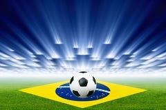 Bola de futebol, estádio, projectores Imagem de Stock Royalty Free