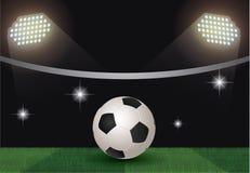 Bola de futebol na corte Imagens de Stock Royalty Free