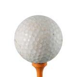 Bola de golfe no verde foto de stock royalty free