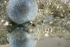 Bola de hielo azul Imagen de archivo libre de regalías