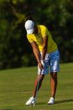 Bola de la huelga de la señora favorable golfista   Fotografía de archivo
