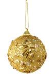 Bola de la Navidad del oro aislada Fotos de archivo