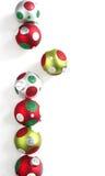 Bola de la Navidad en el fondo blanco Imagen de archivo