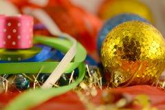 Bola de la Navidad, invitación del Año Nuevo Imagen de archivo