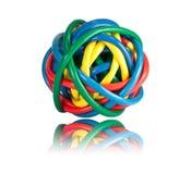 Bola de los cables coloreados de la red con la reflexión Foto de archivo