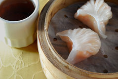 Bola de masa hervida del camarón Fotos de archivo