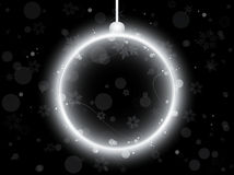 Bola de neón de plata de la Navidad en negro Imagenes de archivo