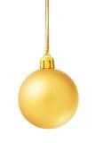 Bola de oro de la Navidad aislada en blanco Fotos de archivo libres de regalías