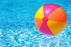 Bola de playa Fotografía de archivo libre de regalías
