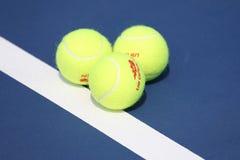 Bola de tênis de Wilson do US Open em Billie Jean King National Tennis Center em New York Imagens de Stock Royalty Free