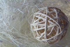 Bola decorativa de la paja Imagen de archivo