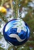 Bola del árbol de navidad imagenes de archivo