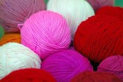 Bola del hilado de lanas Fotos de archivo