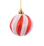 Bola del rojo de la Navidad. Fotos de archivo libres de regalías