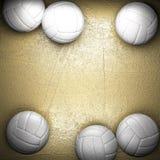 Bola del voleibol y pared de oro libre illustration
